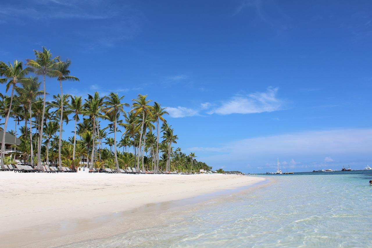 Фото пляжа в мае