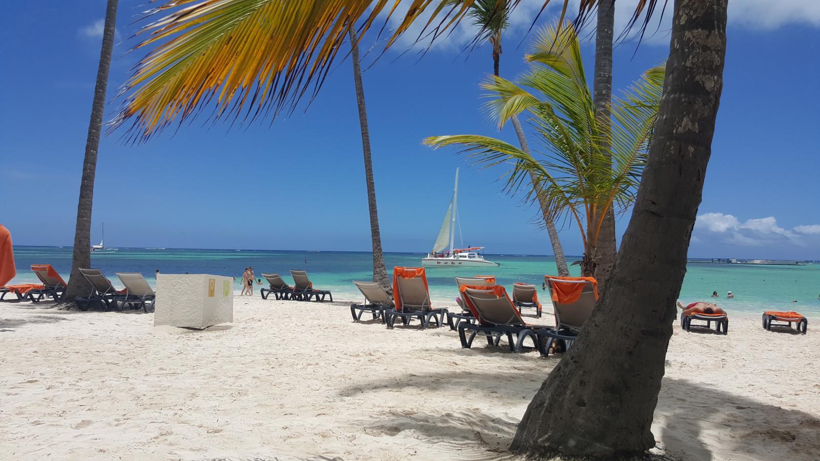 Фото пляжа в августе