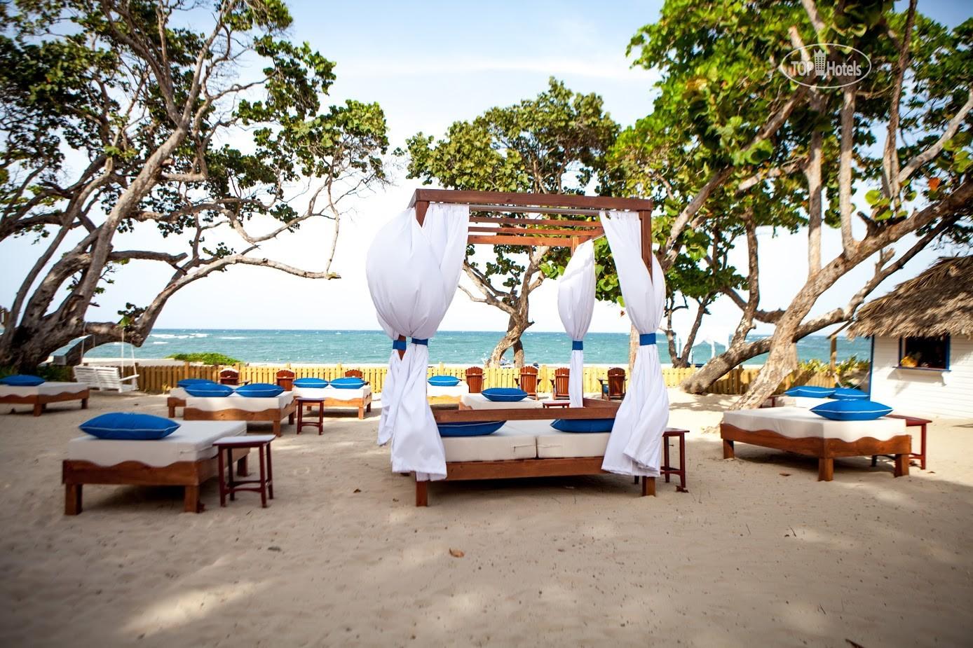 Фото пляжа в отеле