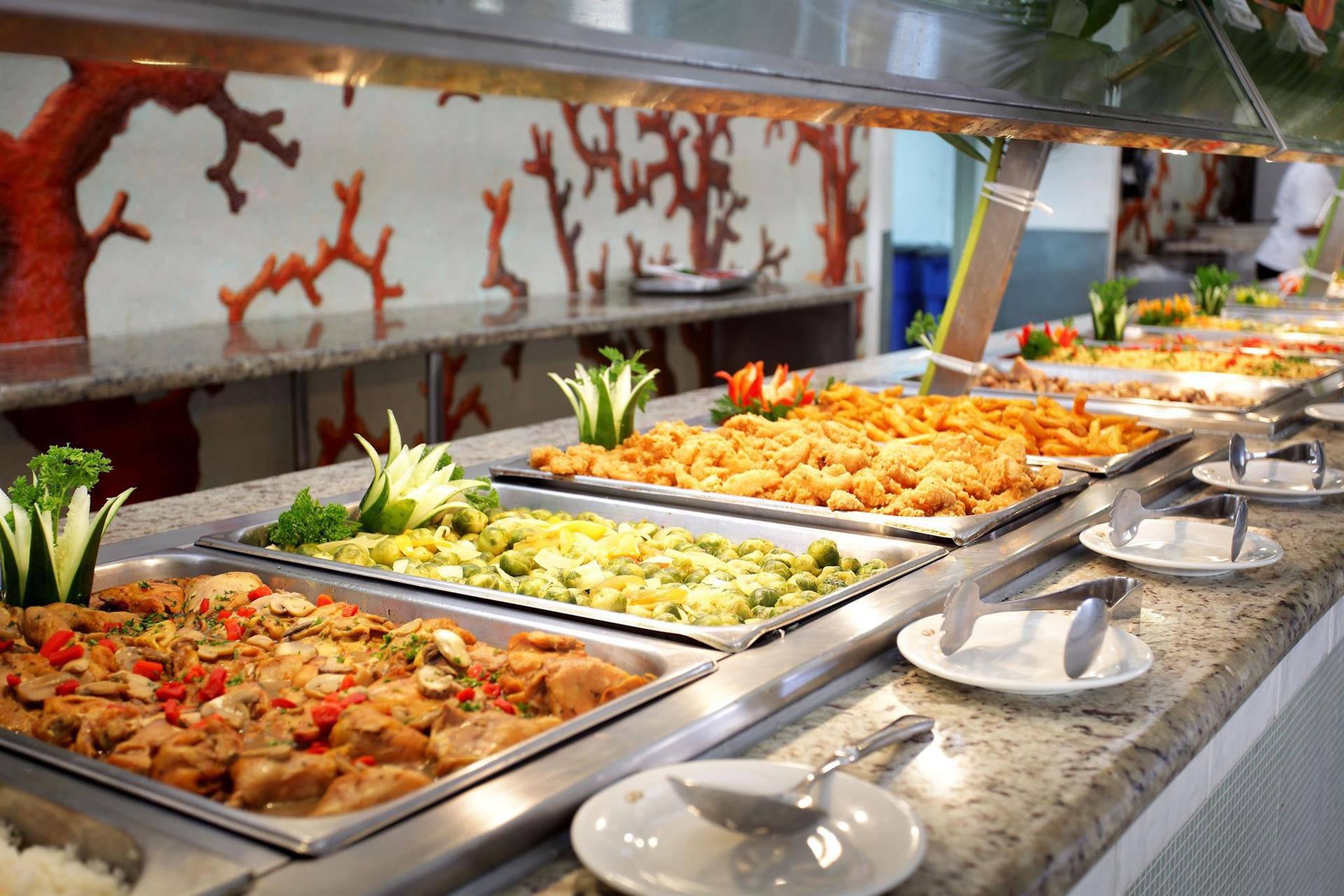 Фото еды в отеле Баваро Сьют Резорт