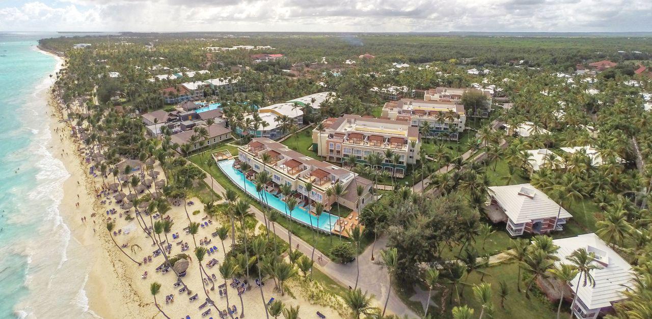 Фото пляжа у отеля