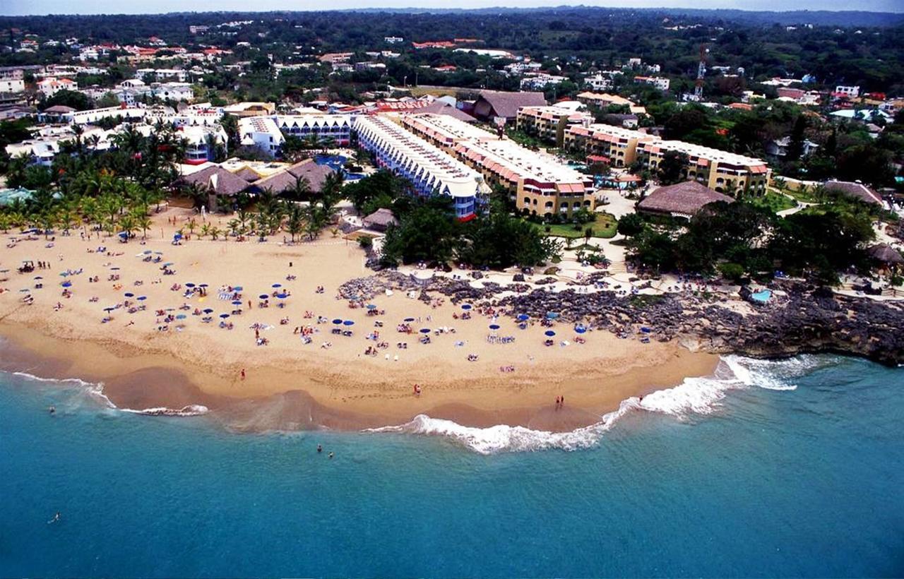 Береговая линия Casa Marina Beach