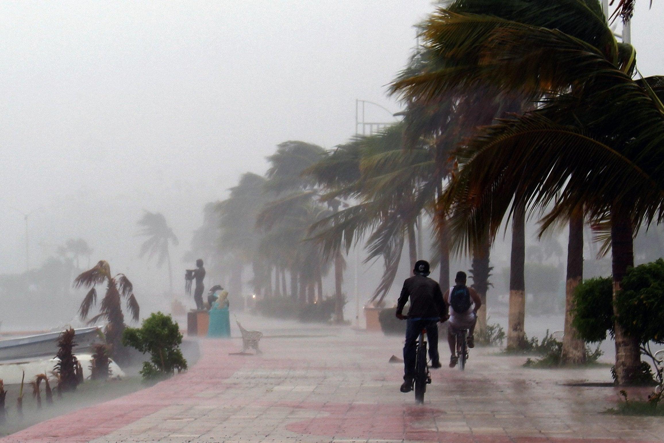 Фото дождя в Мексике