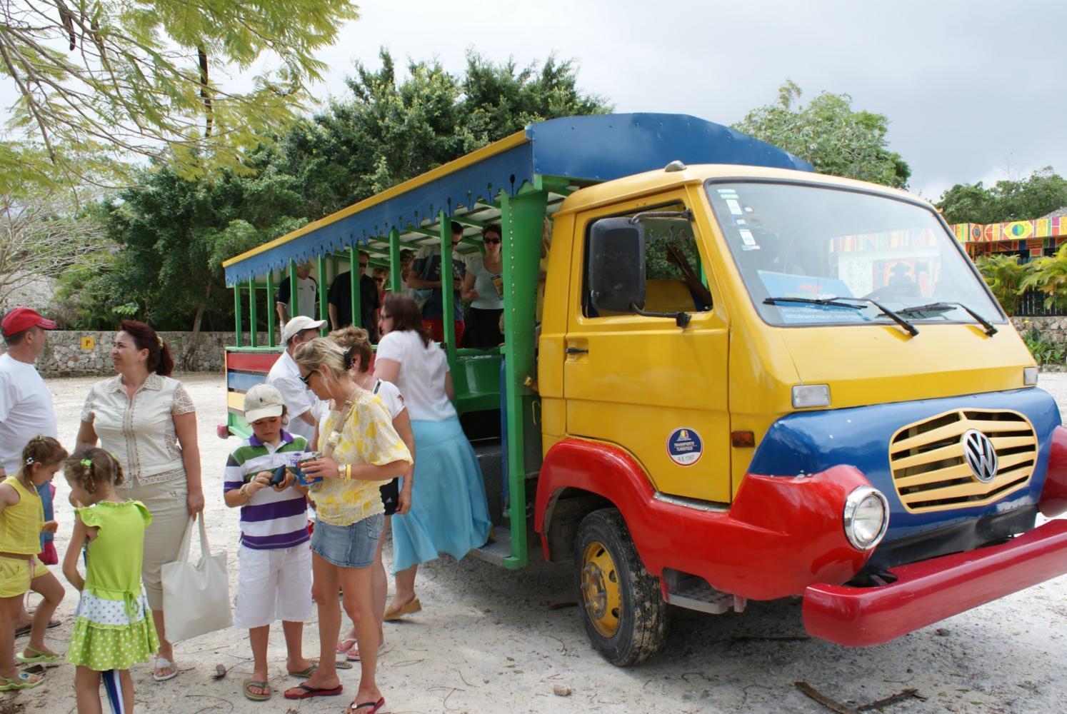 Общественный транспорт в Доминикане
