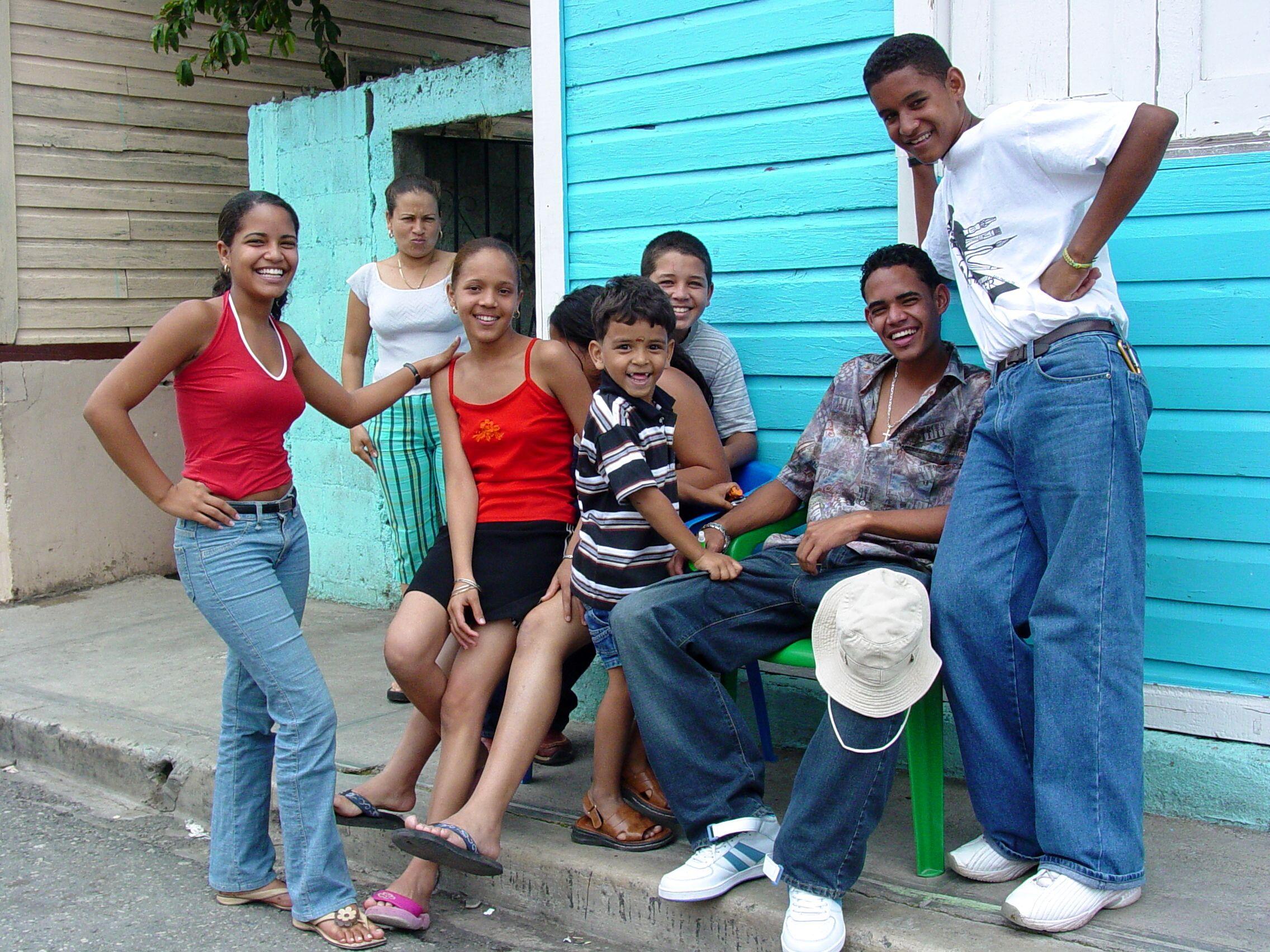 На каких языках еще говорят доминиканцы