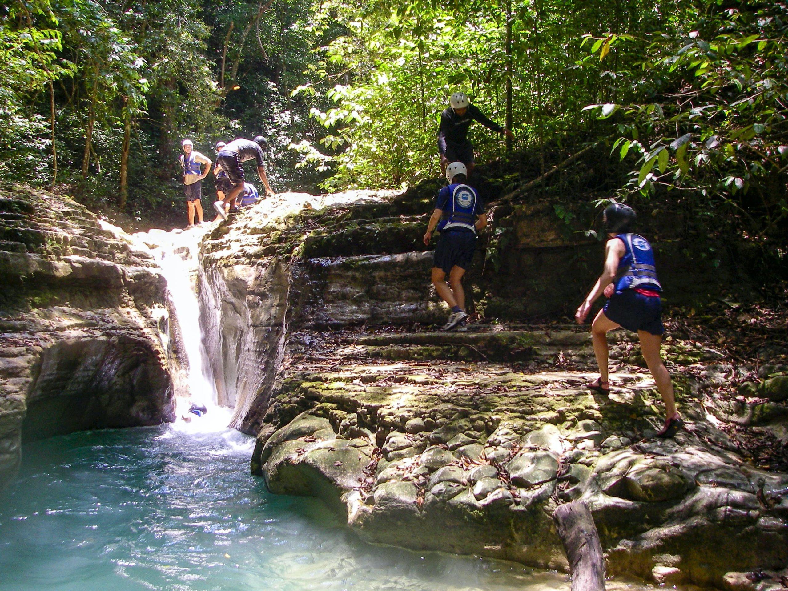 Для кого не подходит экскурсия к водопадам