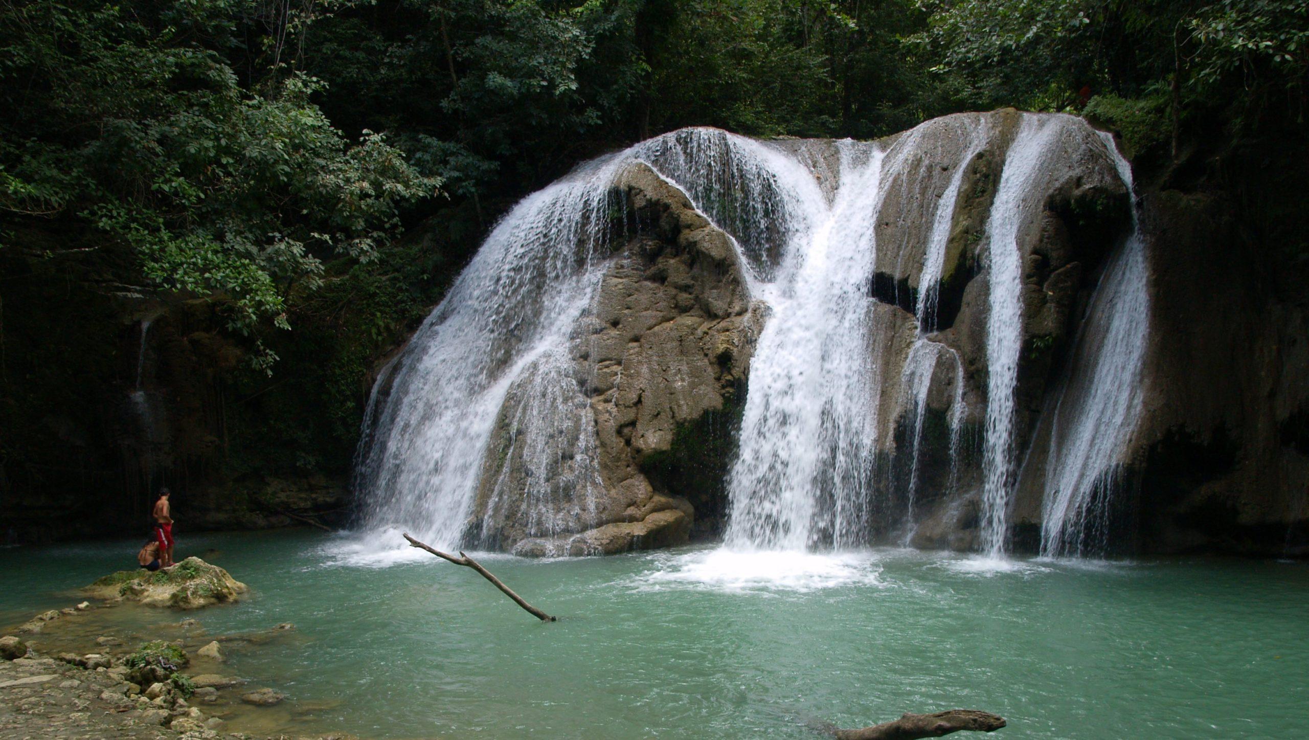 27 водопадов в Доминикане