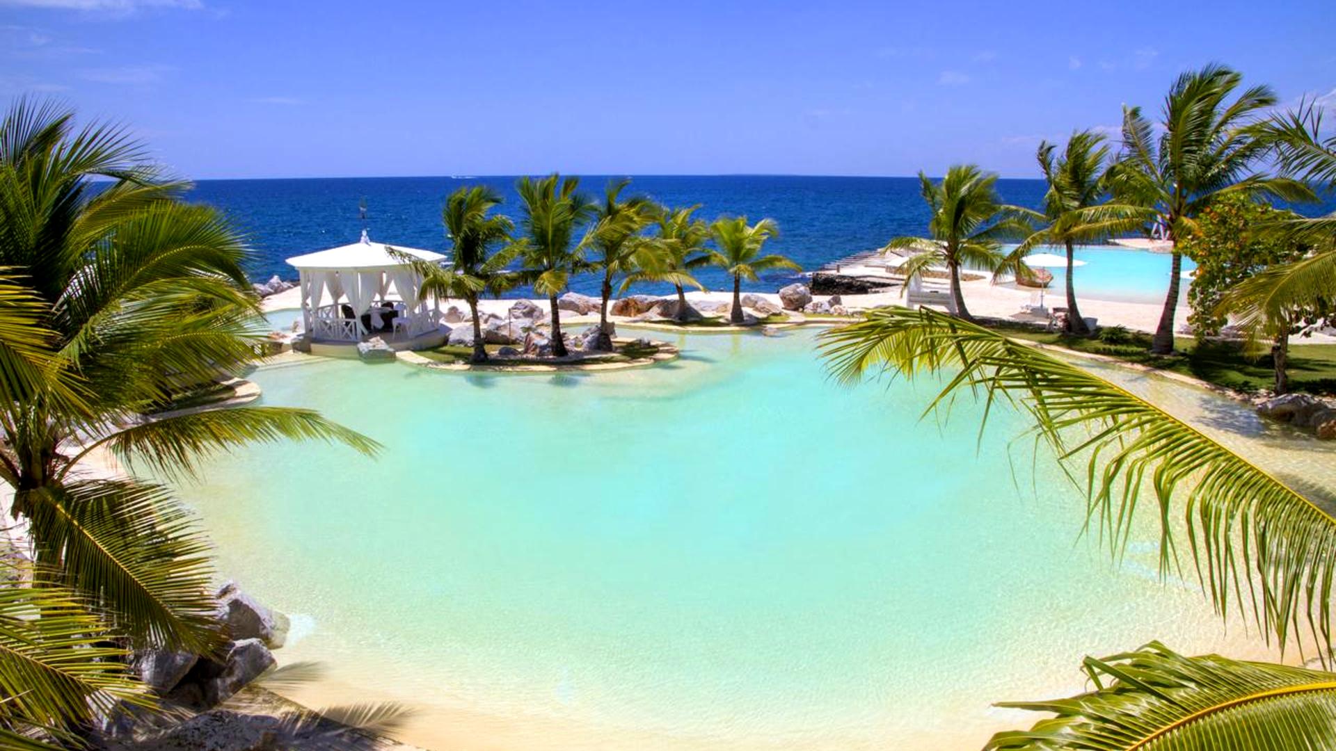 На фото пляж Байяибе