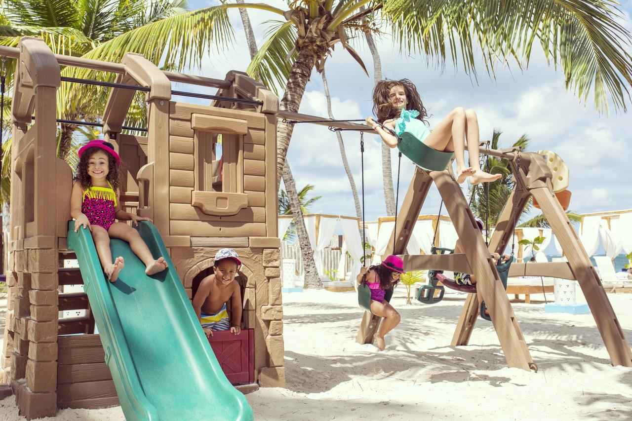 Фото детей в Доминикане