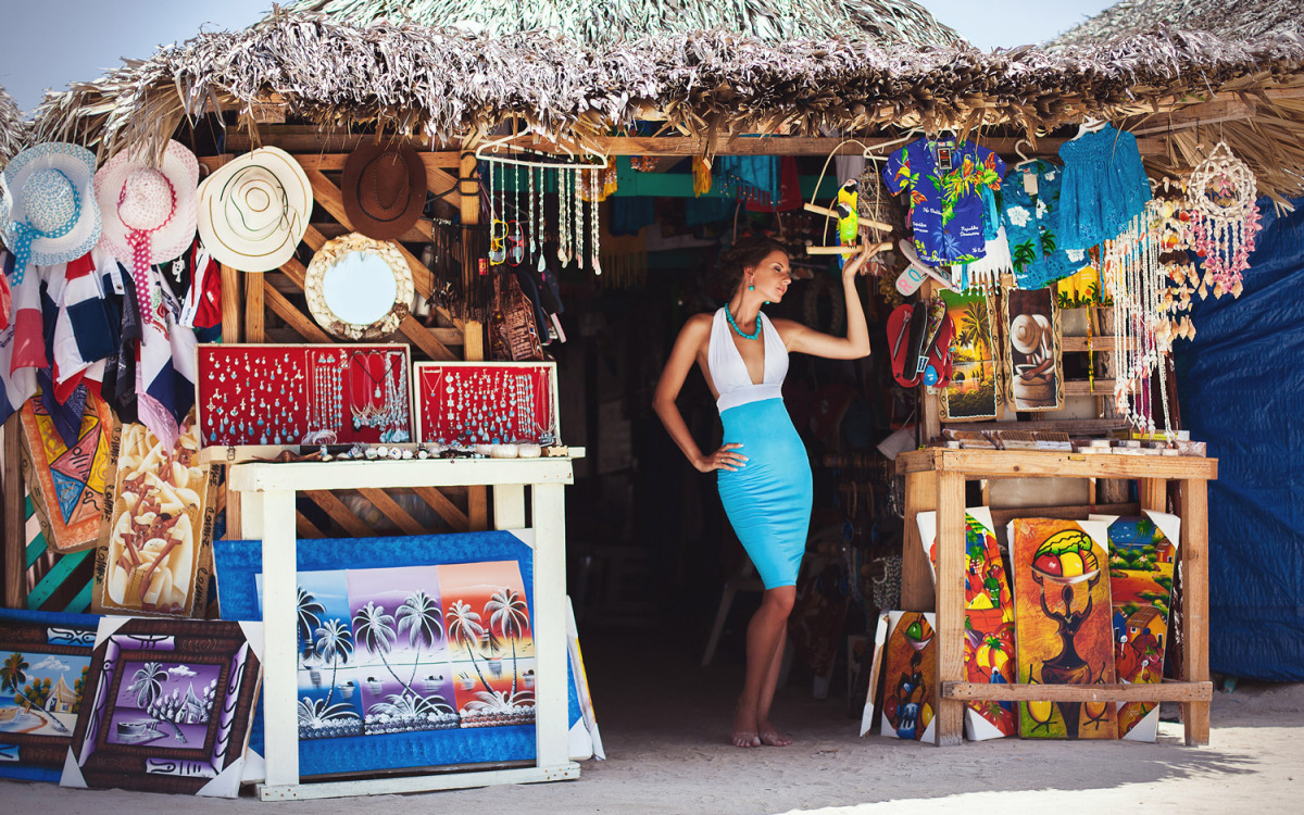 Фото магазина с сувенирами