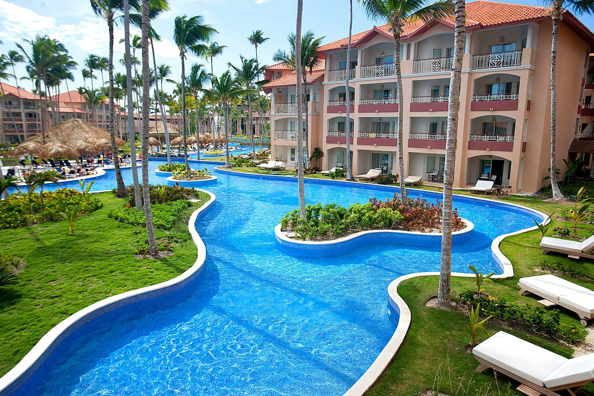 Фото территории Majestic Elegance Punta Cana