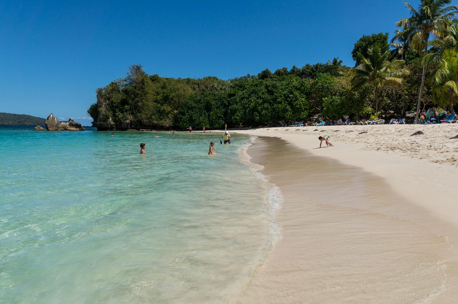 Фото пляжа на острове