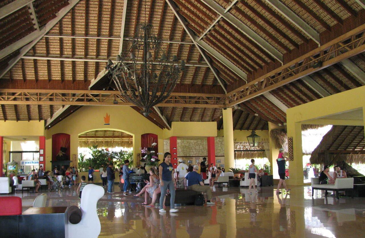 Фото отеля Tropical Princess Beach Resort & Spa
